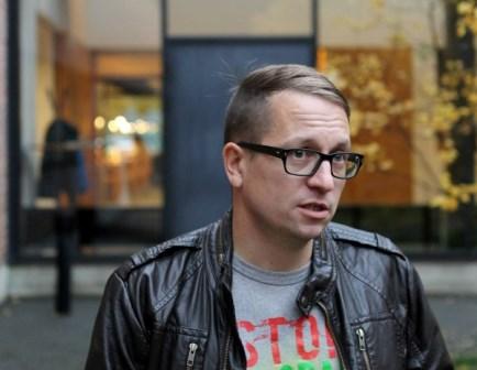 Teologi ja pappi Johannes Alaranta  on myös hallintotieteiden maisteri, ja 12.10.2013 hän väittelee teologian tohtoriksi. - Kuva: Karjalainen.