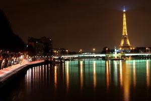 Paris-at-Night-Eiffel-Tower-Lights