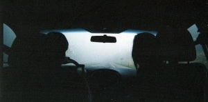 Tie_auto_4_pimea_ilta_keskustelu_MR